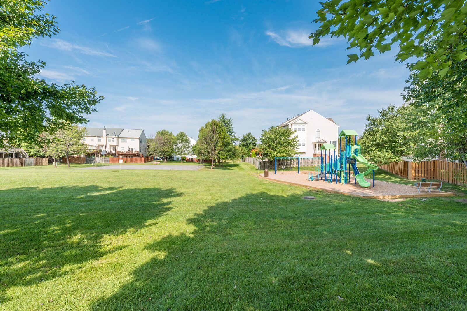 Playground at Carisbrooke HOA